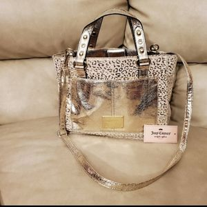 ⭐ Juicy Couture Purse. NWT.